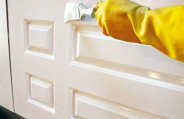 techniques of how to paint interior doors